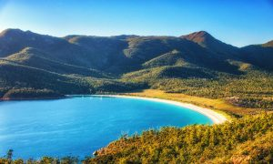 Wineglass-Bay-East-Coast-Tasmania