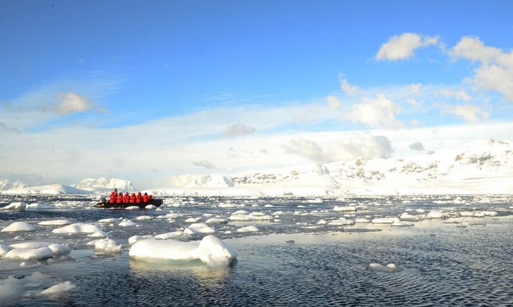 Antarctica expedition ice flows 1