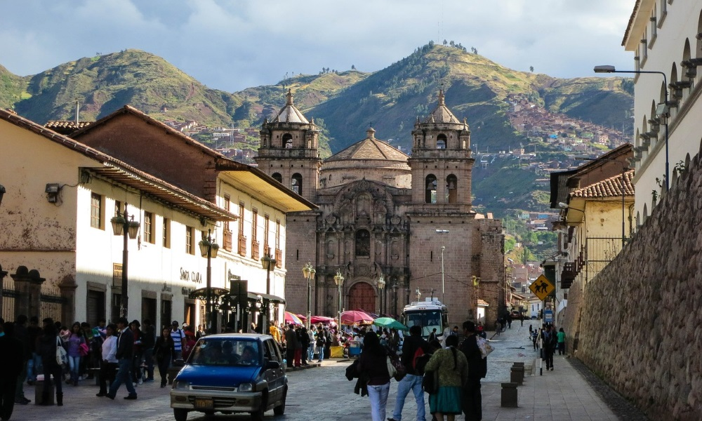 Cusco-Peru-Town-People
