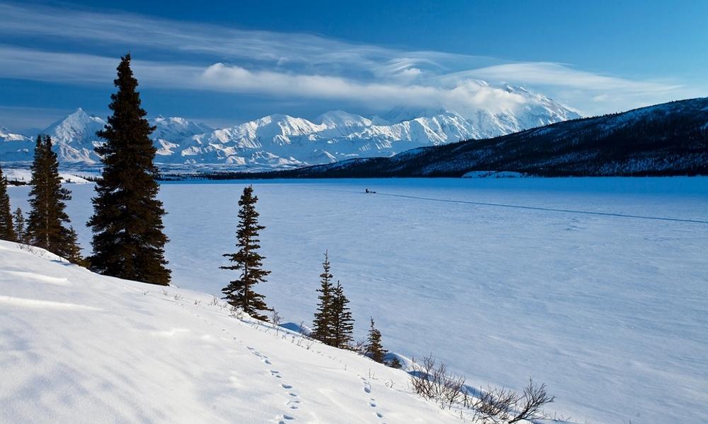 Denali-Alaska-mountains-landscape-snow