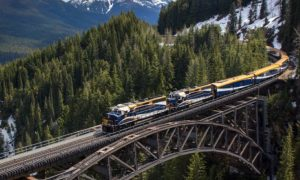 Rocky-Mountaineer-Rail-Canada