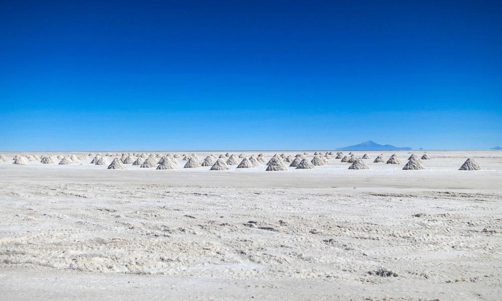 Salt-Flats-Atacama-Desert-Bolivia