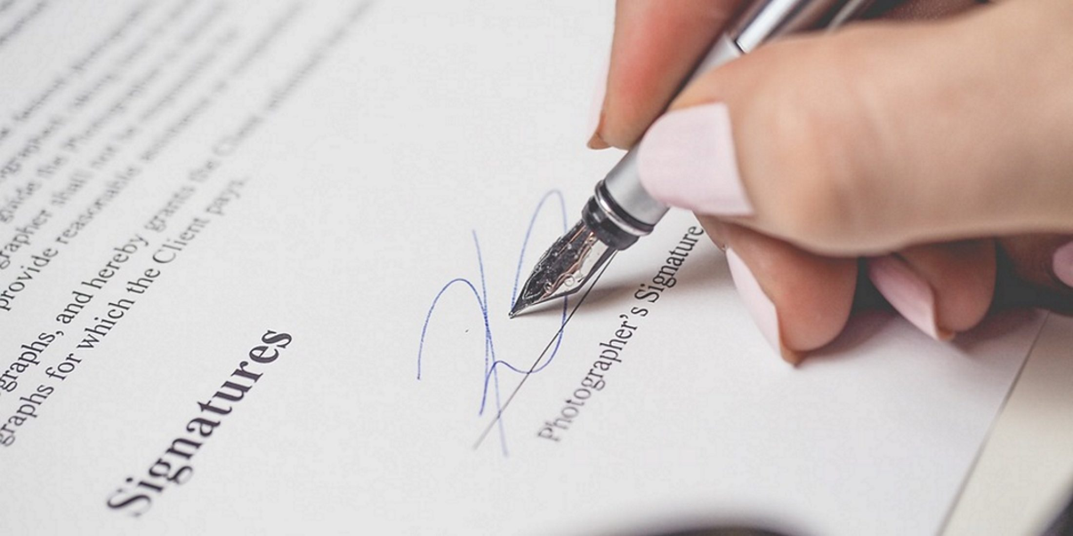 Contract-signing-image-woman-pen