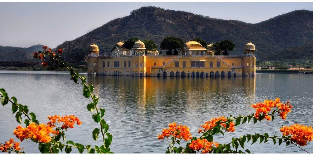 Jal-Mahal-Palace-Rajasthan-Jaipur-India